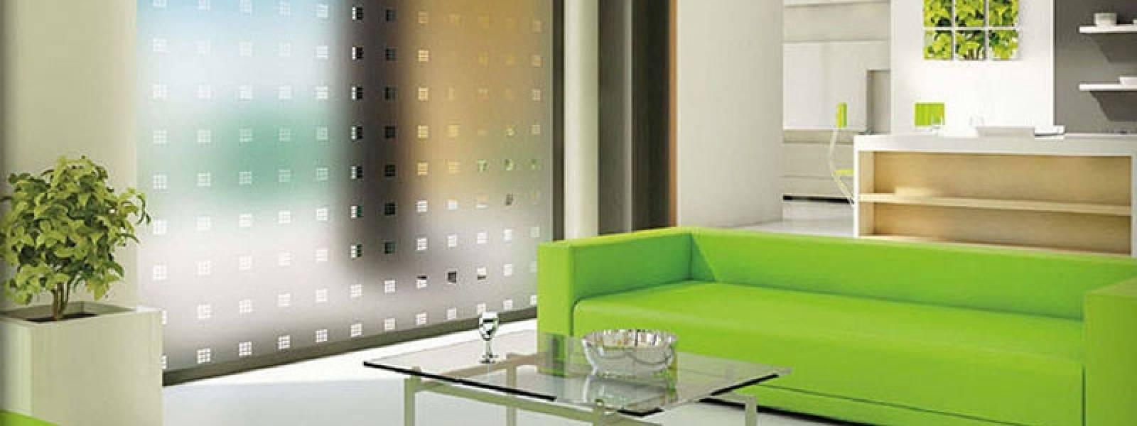 Cura e pulizia delle pellicole per vetri - Applicazione pellicole vetri finestre ...